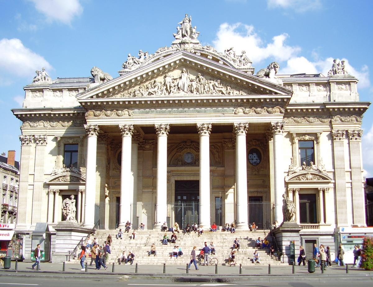 Visiter Bruxelles / La-Place-De-La-Bourse