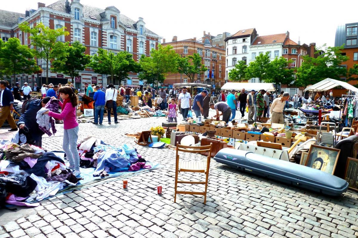 Visiter Bruxelles / Place-Du-Jeu-De-Balle